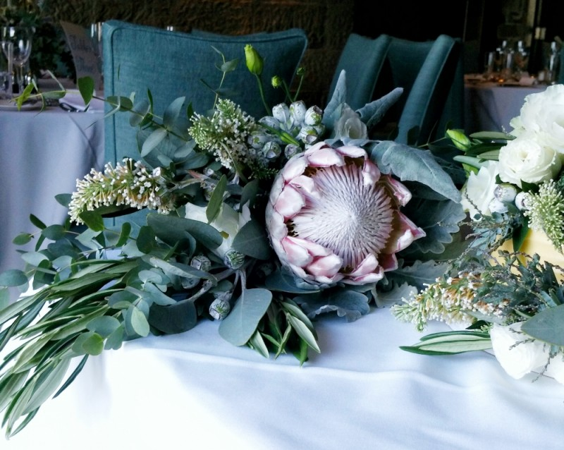 How to DIY your friend\'s wedding flowers without losing your mind ...