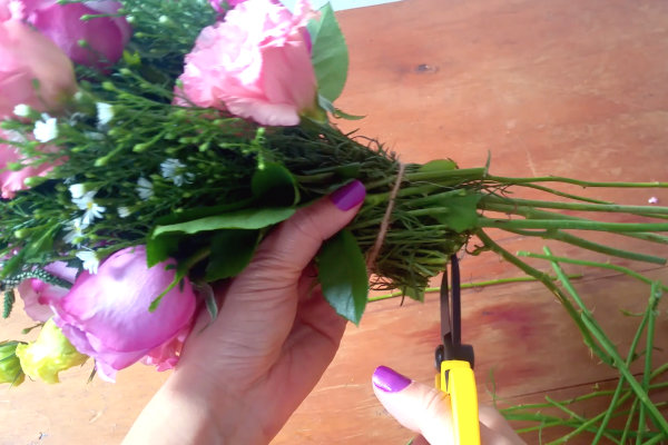 diy floral roses tutorial bloombox co floral roses