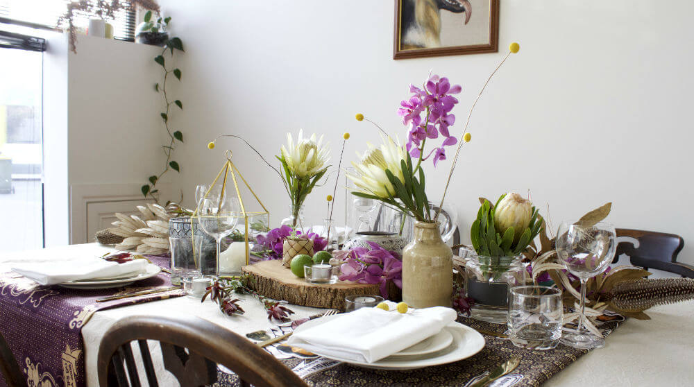 Five Minute Flower Challenge Tropical Table Styling tutorial