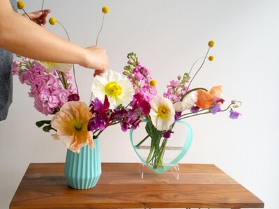 Colourful vase tutorial - adding billy buttons