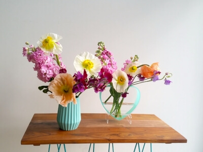 Colourful vase tutorial - add poppies as feature flowers