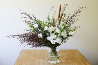 lisianthis bulrush arrangement
