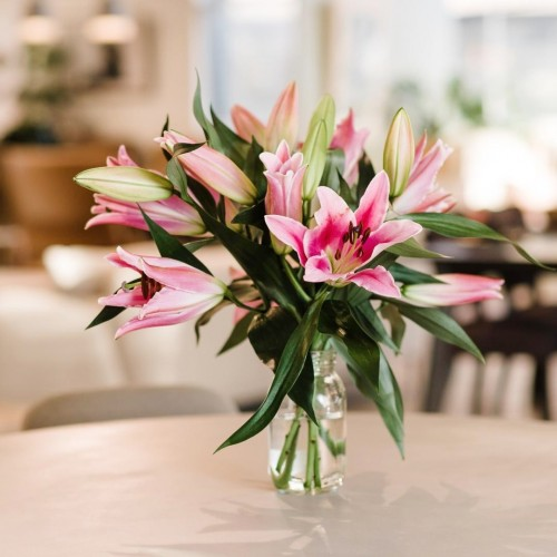 Pink Lilies 5 stems glass vase dining table