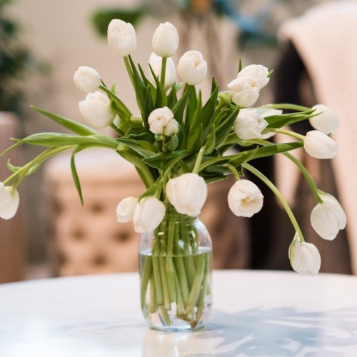 White Tulips Glass Vase Coffee Table